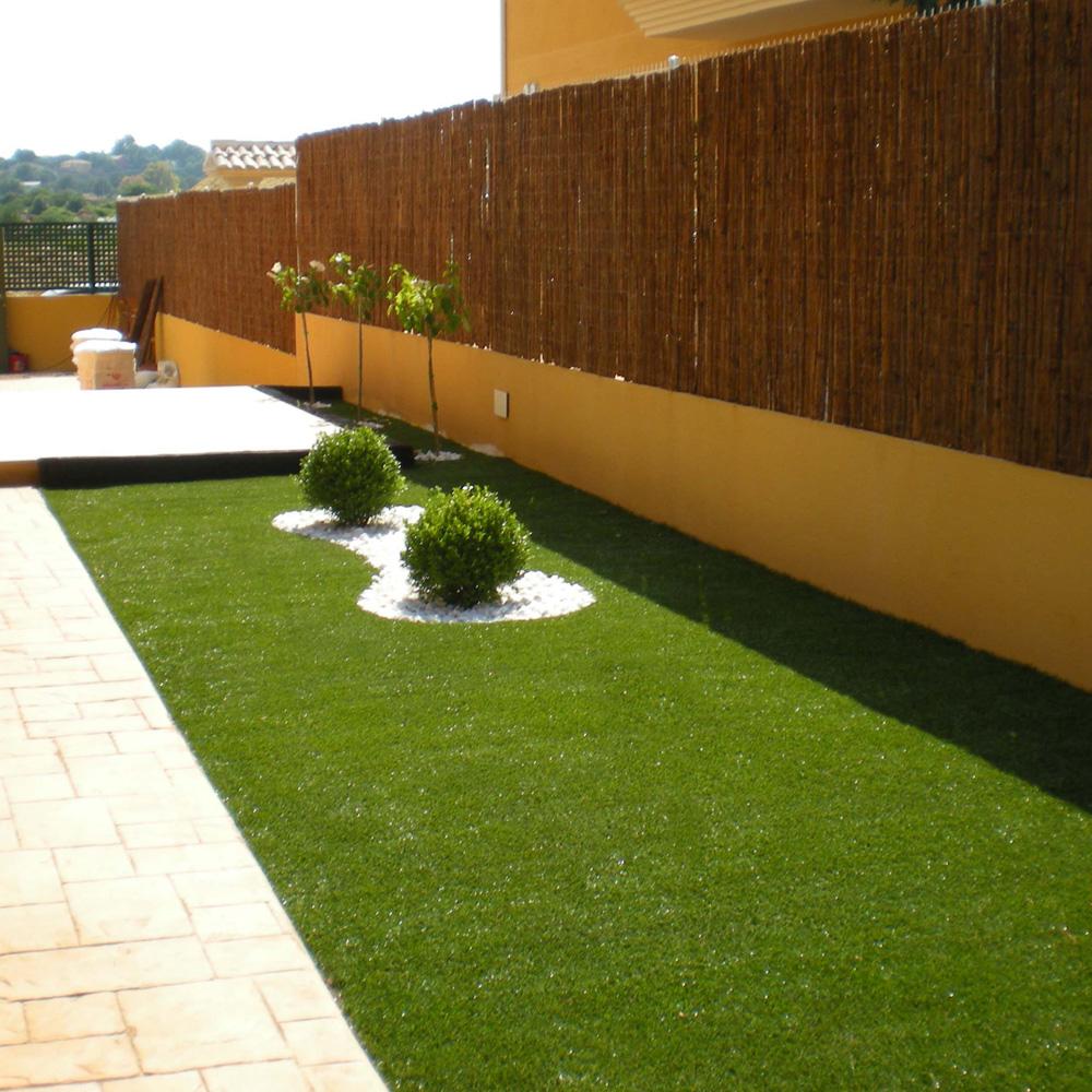 Esempi di erba sintetica bestprato - Erba artificiale per giardini ...