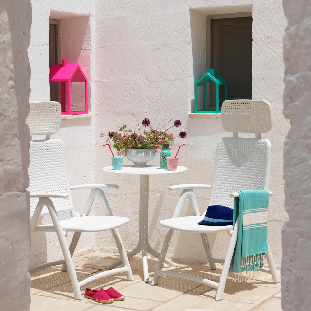 Arredamento Esterni Outlet : Accessori per arredamento di esterni casa ...