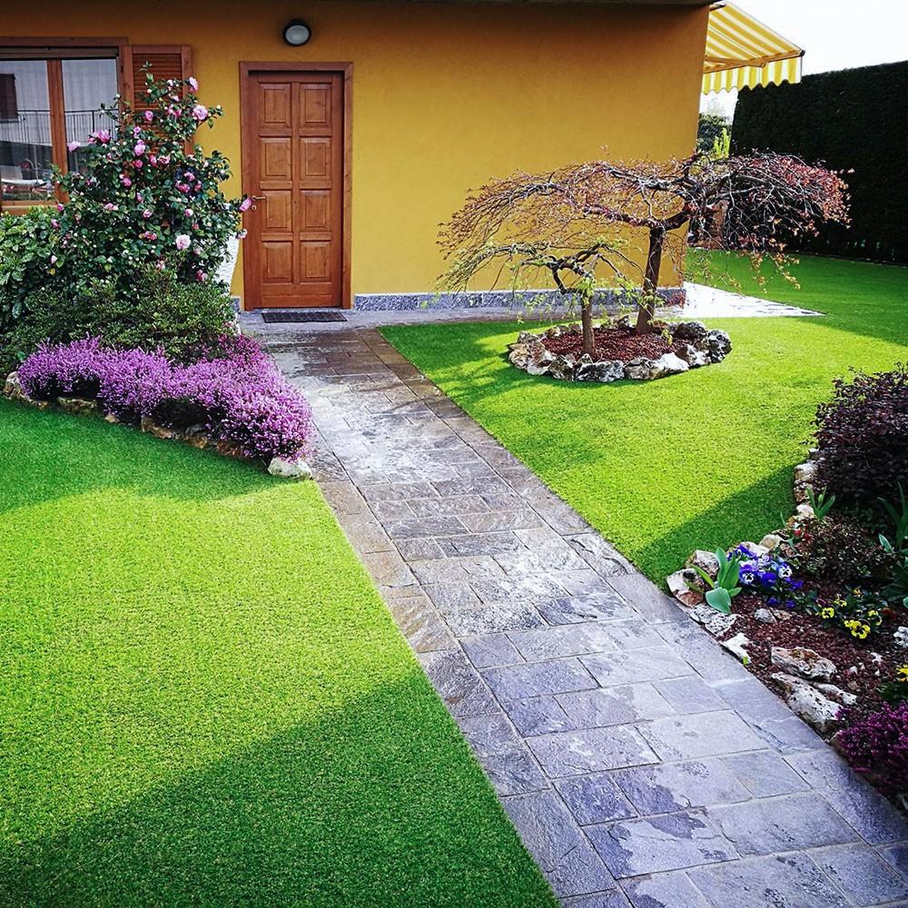 Prato sintetico 100 effetto reale erba artificiale per - Giardino artificiale ...