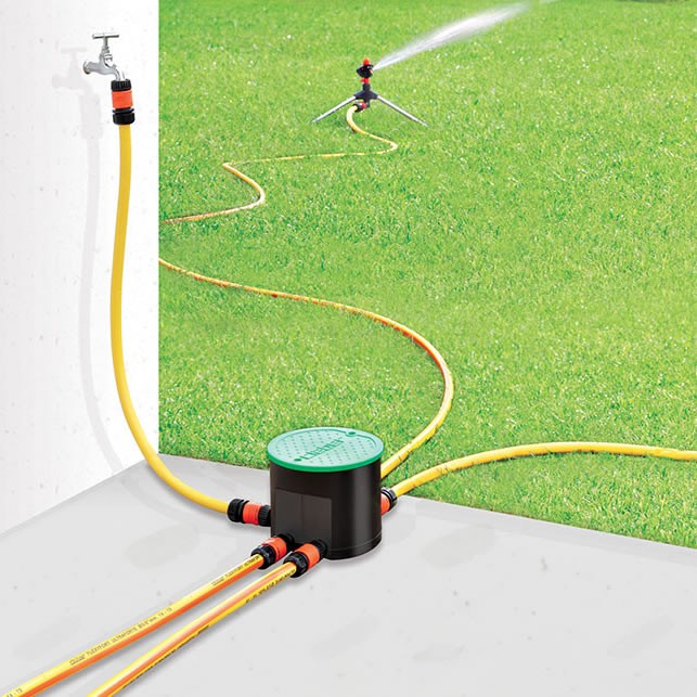 Kit per impianto di irrigazione a batteria hydro 4 claber for Impianto irrigazione vasi