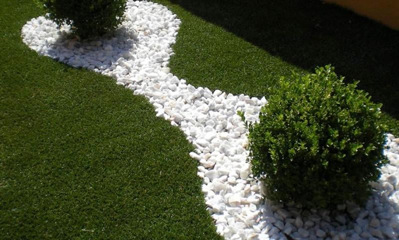 Erba sintetica alta per giardino e terrazzo in offerta su bestprato