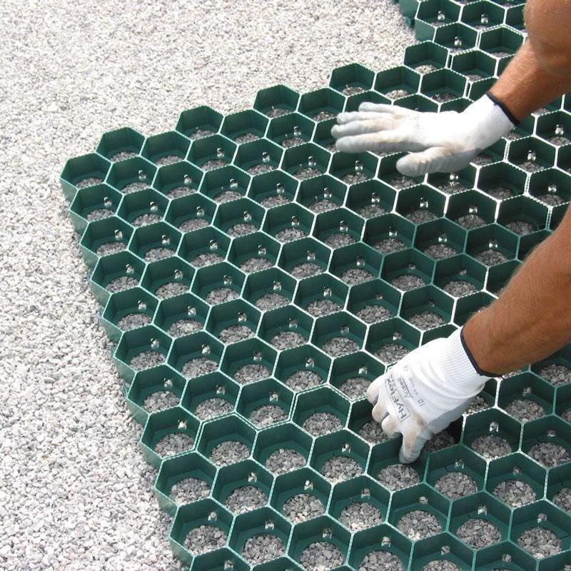 Salvaprato carrabile griglia modulare in plastica for Plastica riciclata prezzo