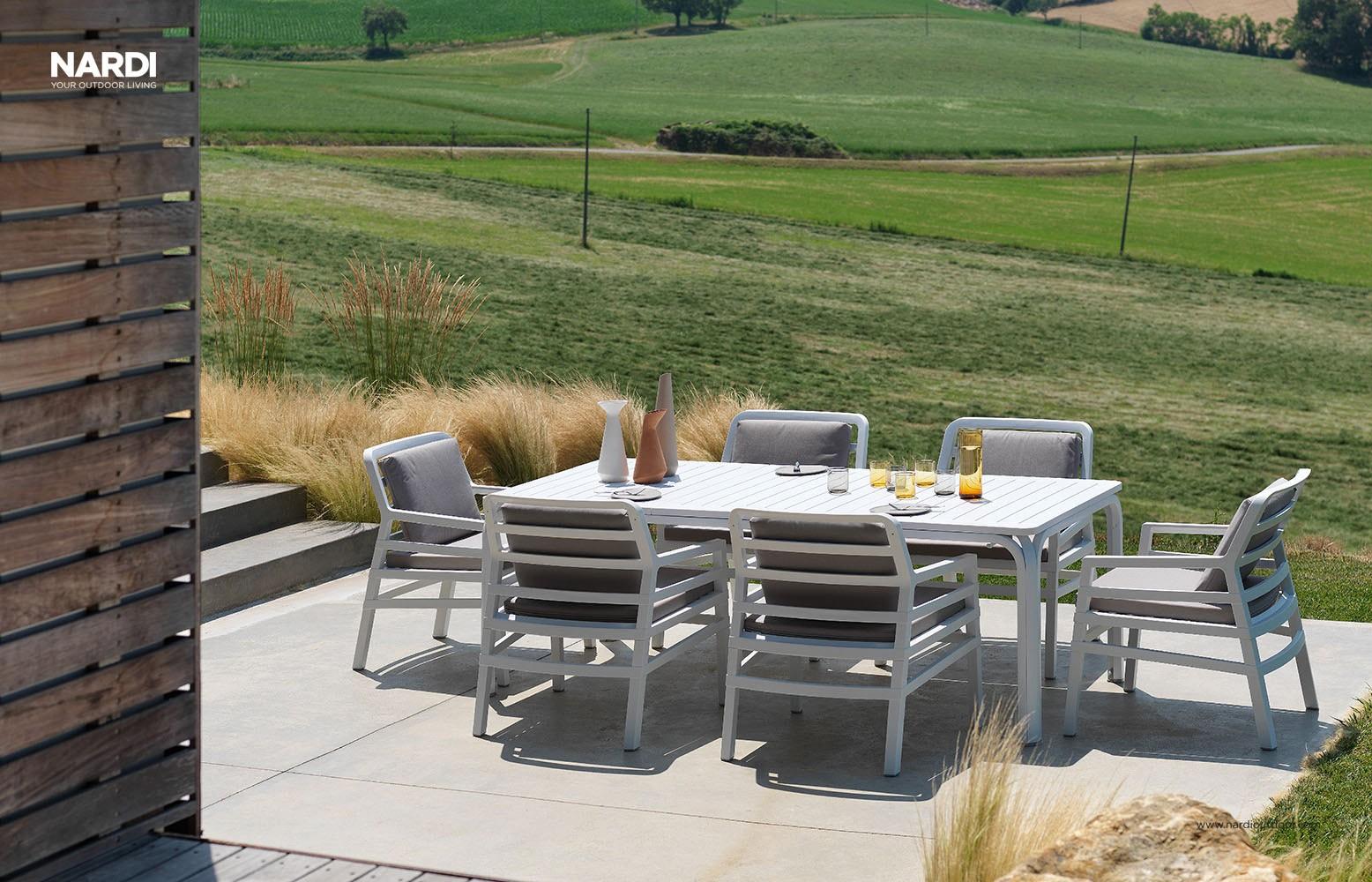 Poltrona da giardino ed esterno con cuscini aria nardi