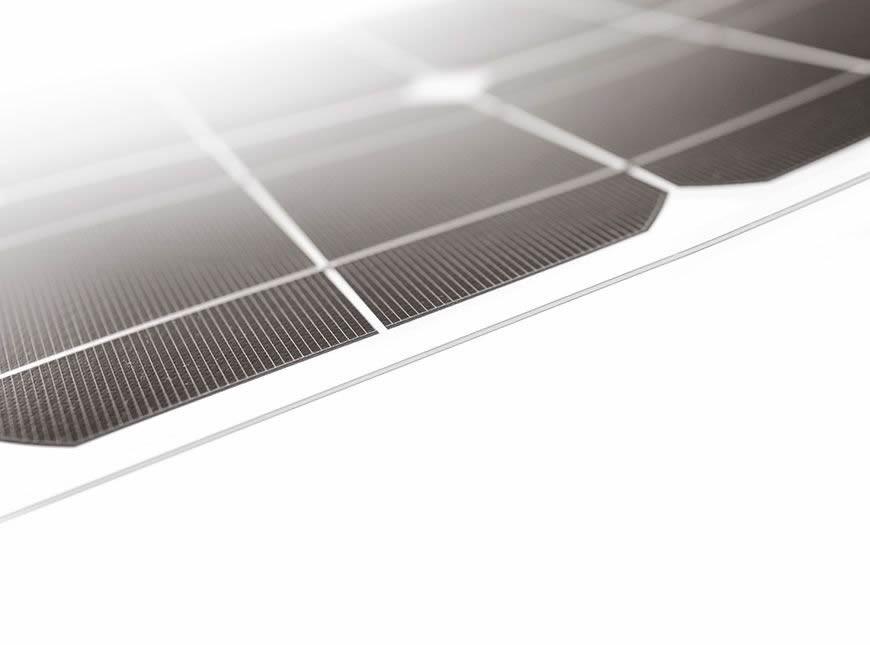 Pannello Solare Flessibile Nautico : Pannelli solari flessibili per barca tenda baita serie