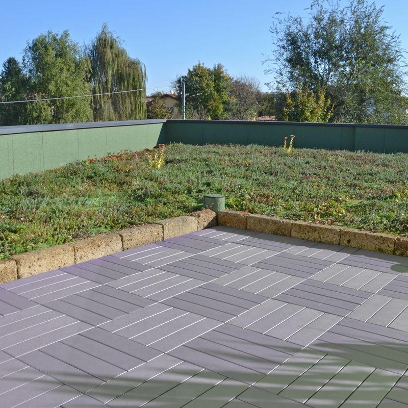 Piastrella in plastica ad effetto legno easyplate beige for Pavimento da giardino