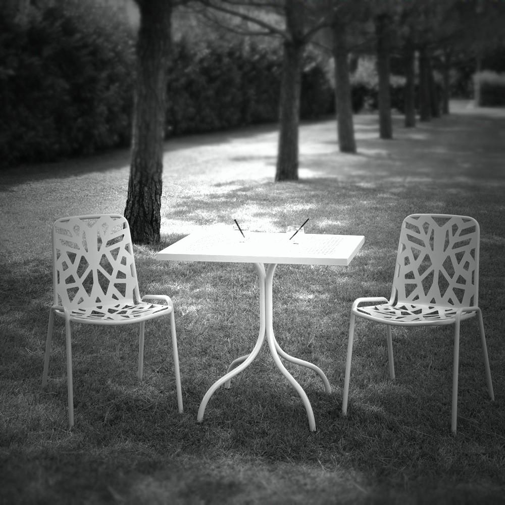 Sedia In Metallo Zincato Per Giardino Fancy Leaf 1