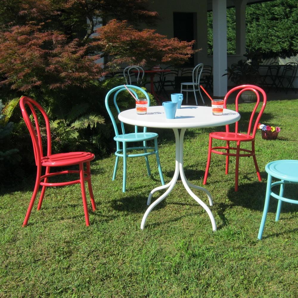 Sedie in ferro colorate per giardino bistr vendita online for Sedie in ferro e legno