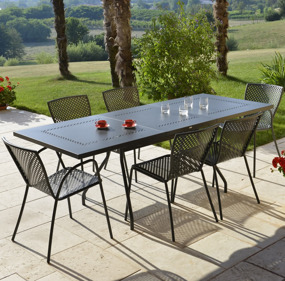 Tavoli per giardino in ferro battuto - Tavoli in ferro battuto per esterni ...