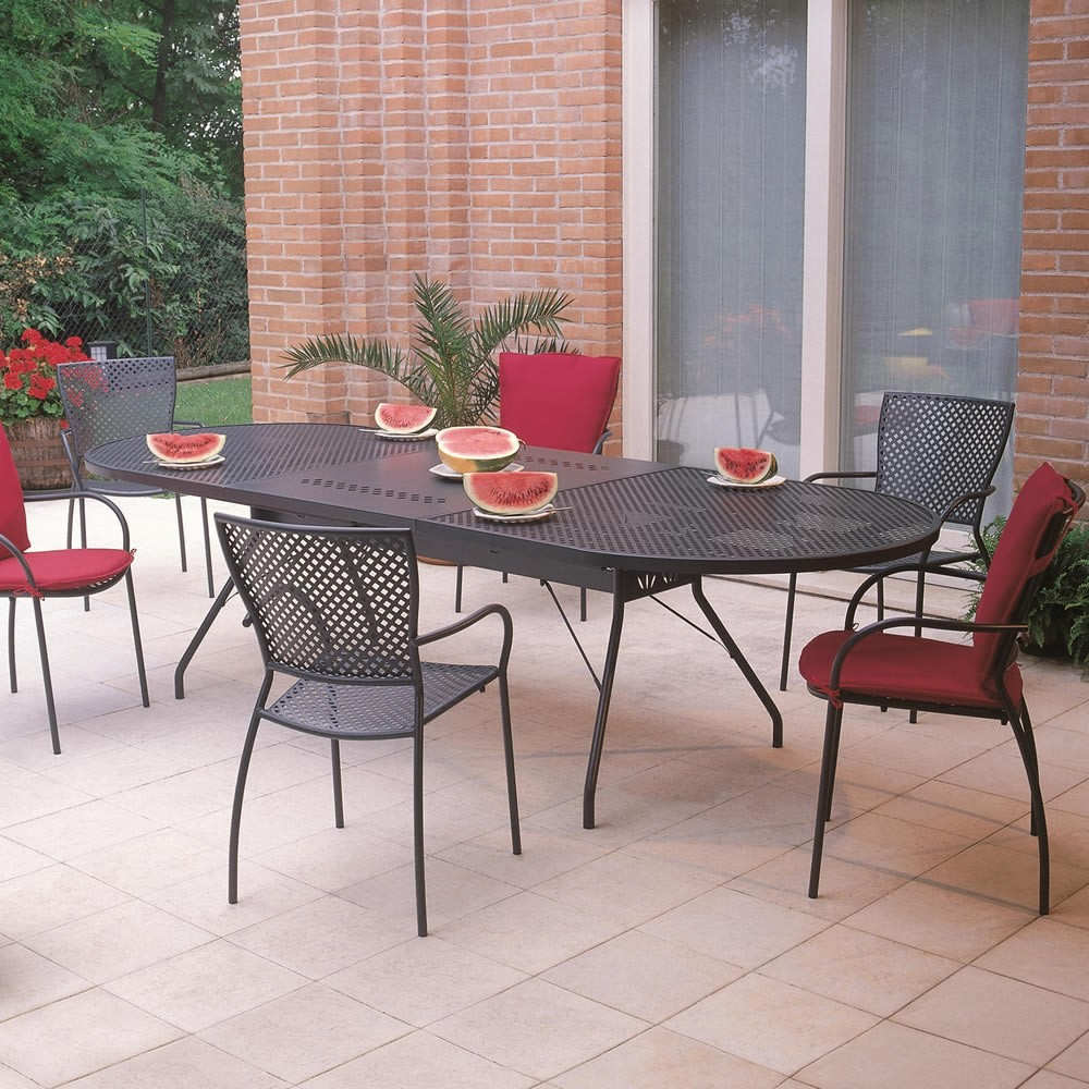 Sedie in ferro battuto per giardino vendita online for Tavolo sedie esterno