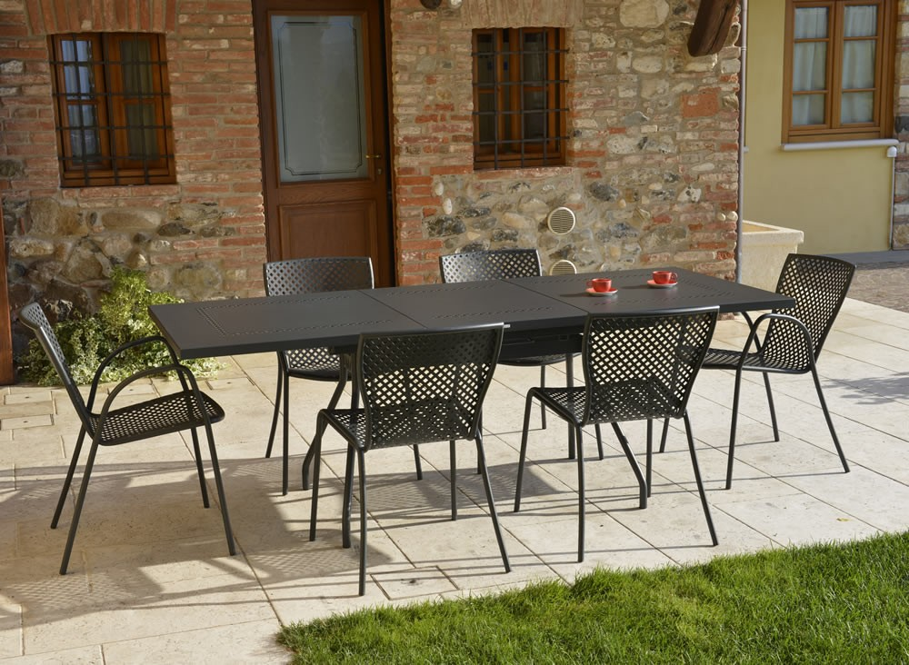 Sedia in acciaio zincato per giardino sonia 1 vendita for Tavolini da esterno in ferro