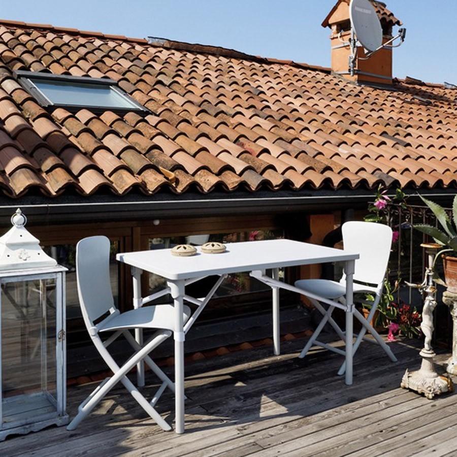 Tavolo e sedie pieghevoli da giardino e terrazzo zic zac for Arredo da terrazza giardino