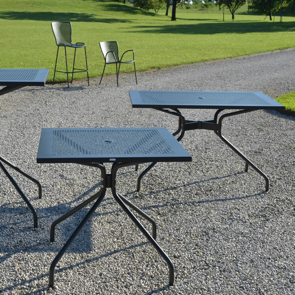 Tavoli In Metallo Da Esterno.Tavolino Rettangolare In Ferro Per Giardino Vendita Online