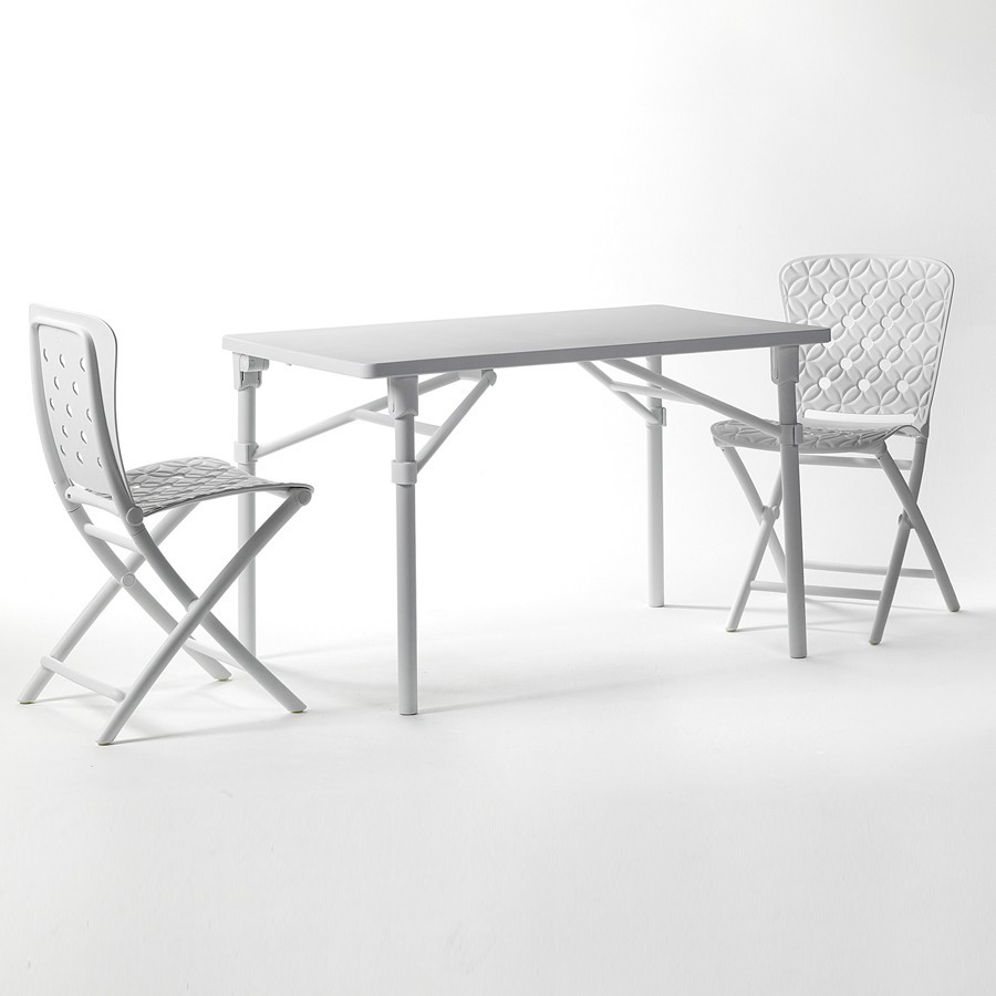 Tavolo e sedie pieghevoli da giardino ed esterno zic zac - Tavolo e sedie giardino ...