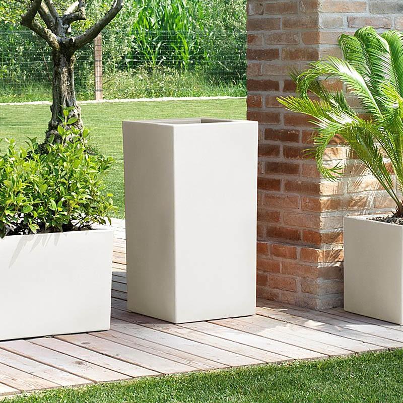 Vaso alto da esterno schio cubo alto for Vasi decorativi per esterno