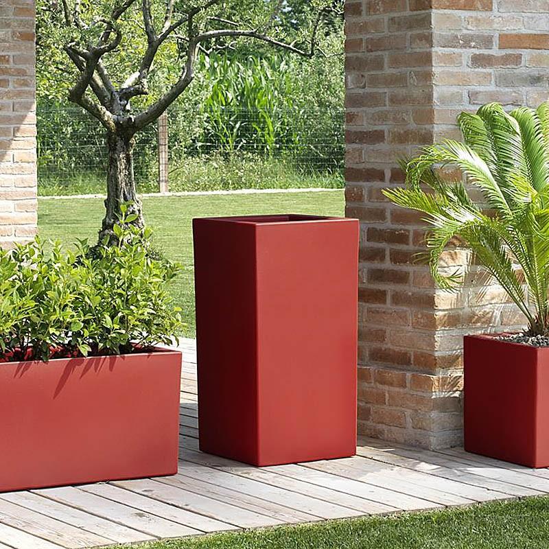 Vaso alto da esterno schio cubo alto for Vasi da giardino in plastica