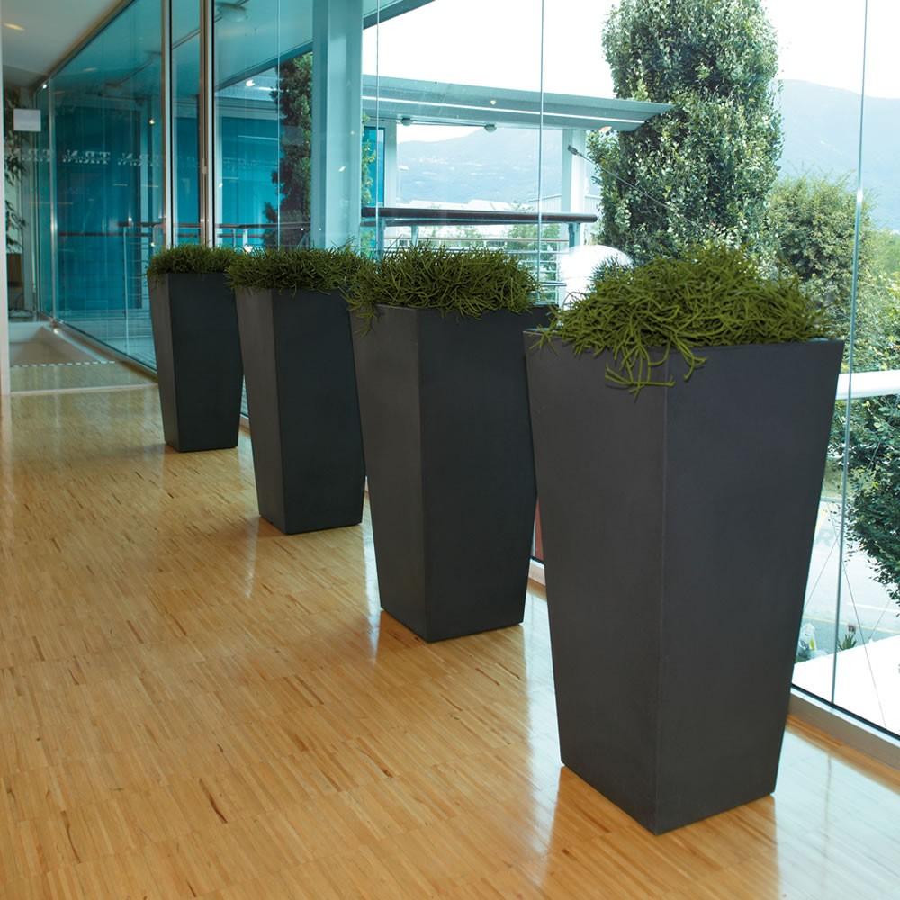 Vaso alto per piante eros nicoli for Piante da frutto vaso