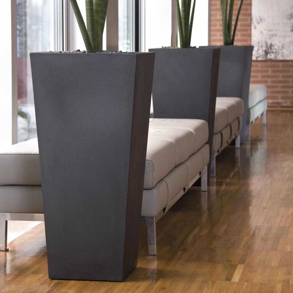 Mondo convenienza divani con penisola for Vasi per piante da interno moderni