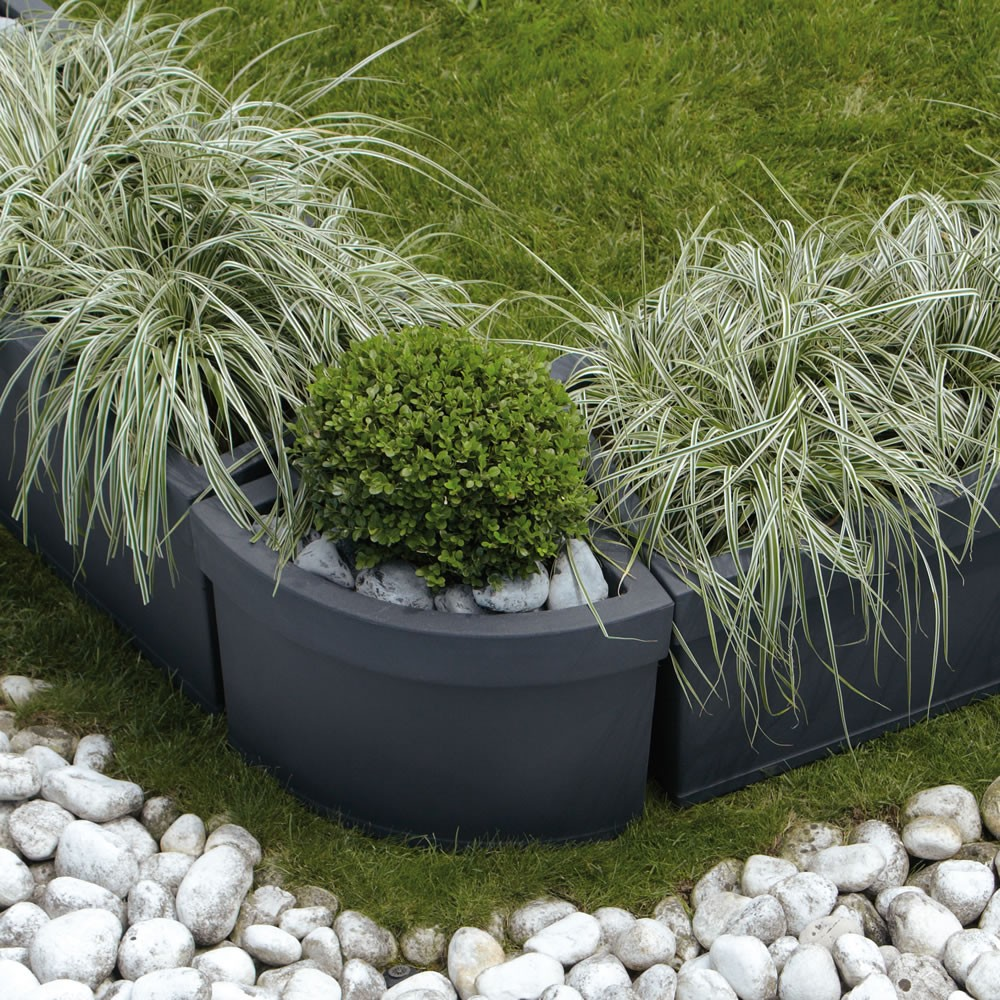 Vaso angolare per piante themis nicoli for Piante per ingresso esterno