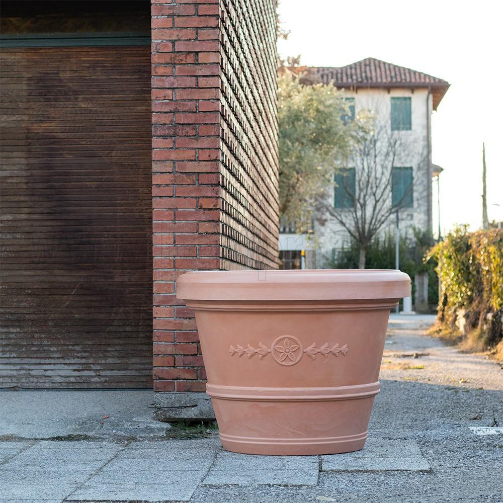 Il Gigante Tavoli Da Giardino.Vaso Gigante A Conca Classica Teraplast