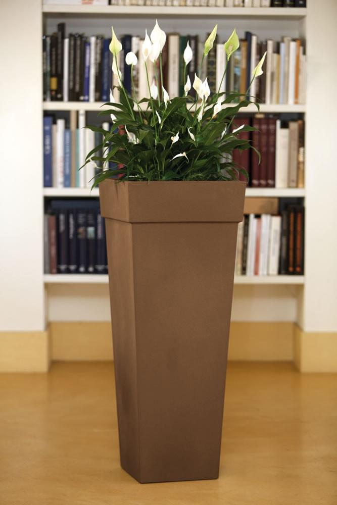 Vaso da esterno ed interno geryon nicoli - Vasi per interni design ...