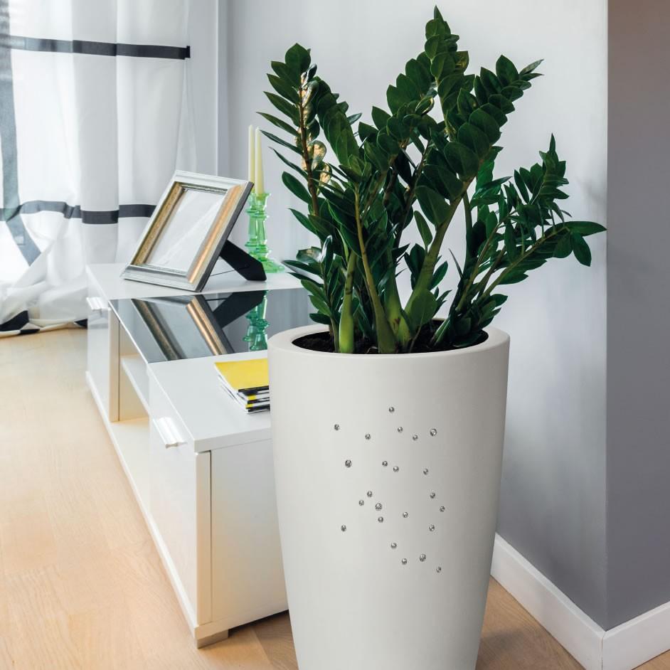Vaso di design con finitura opaca e cristalli swarovski for Vaso interno
