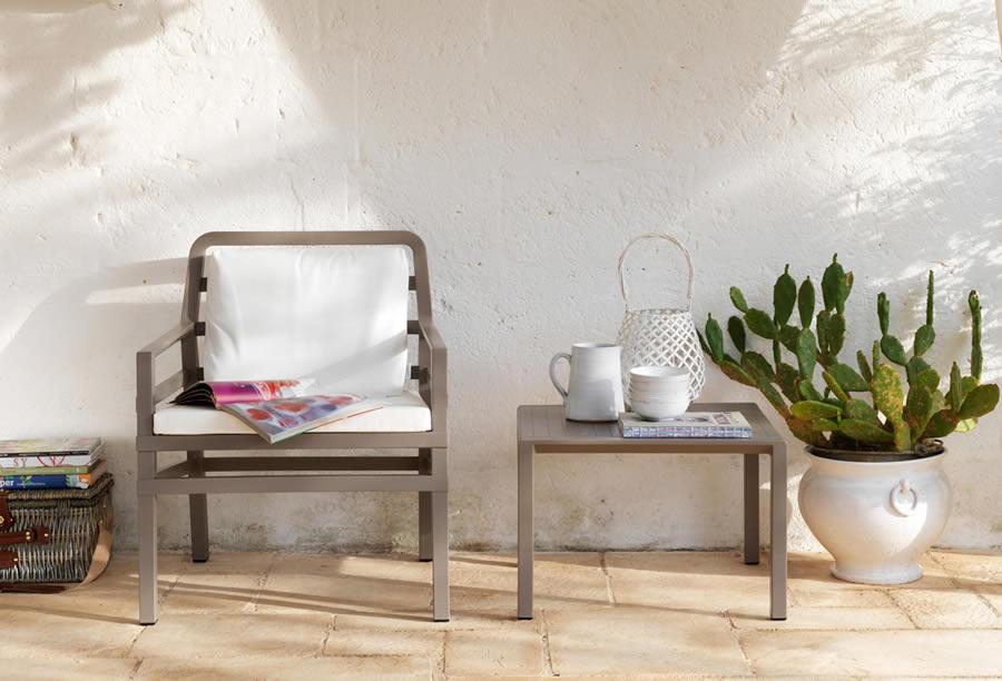Poltrona da giardino ed esterno con cuscini aria nardi for Nardi arredo giardino